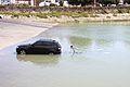 Une voiture sur le point d' être inondée (3).JPG