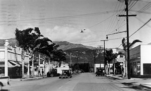 Carpinteria, California - Linden Avenue (looking away from the beach)