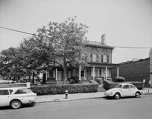 Bergen Square - Van Wagenen House