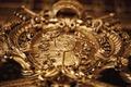 Vapensköld i guld - Hallwylska museet - 91516.tif