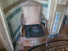 Chateau De Vaux Le Vicomte Salle Bains La Chaise Percee Est Traditionnellement