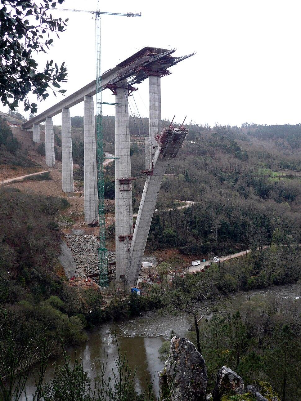 Viaducto de Alta Velocidad sobre o río Ulla