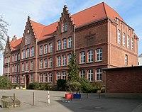 Viktoria Luise Gymnasium Hameln 2012.jpg