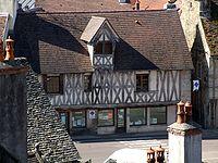 Vitteaux (21) dans Ma Bourgogne En détails 200px-Vitteaux_-_Office_de_tourisme_2
