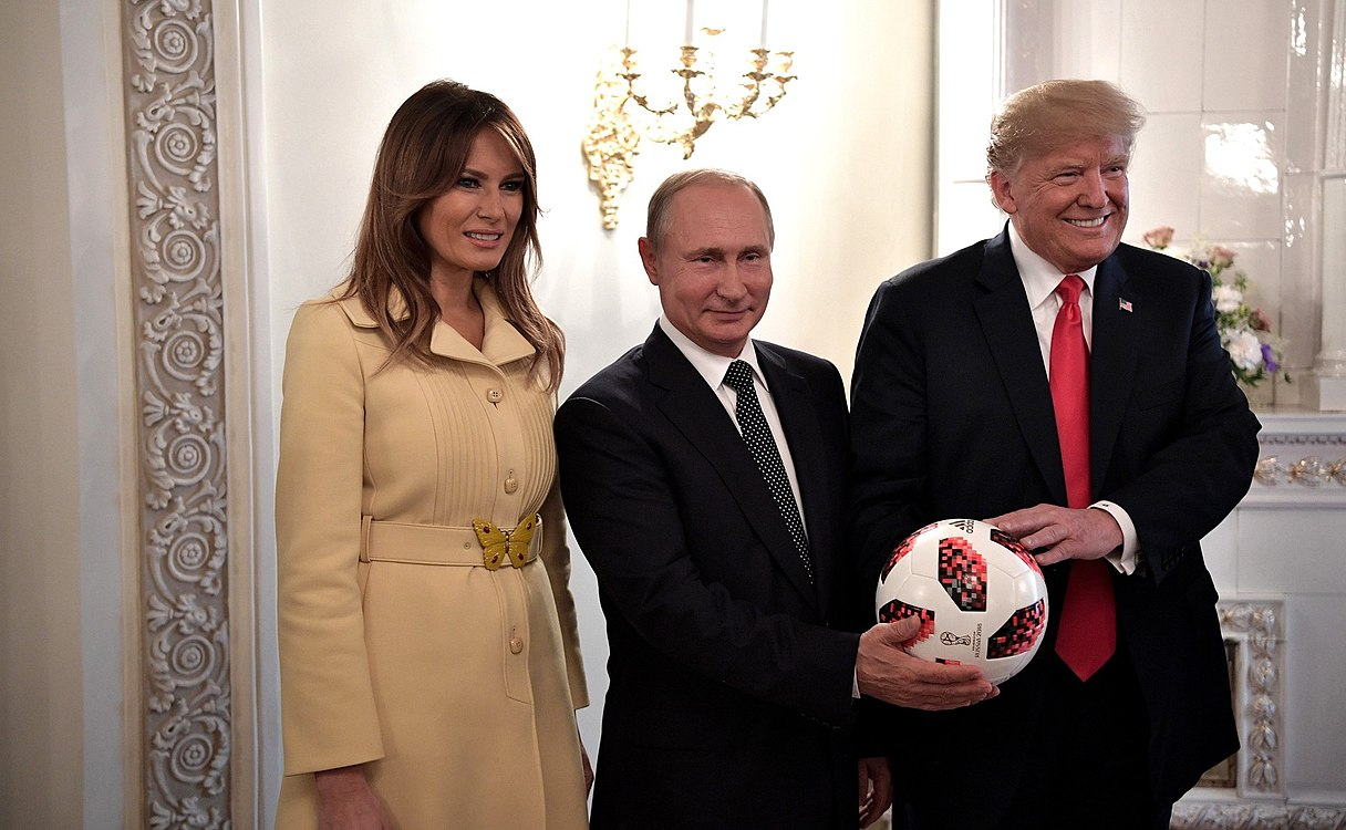 Vladimir Putin & Donald Trump in Helsinki, 16 July 2018 (12).jpg