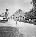 Voor- en zijgevel boerderij - Driebruggen - 20374450 - RCE.jpg