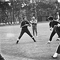 WK 74 training Uruguay in Duitsburg, sterspeler Pedro Rocha (l) tijdens trainin, Bestanddeelnr 927-2462.jpg