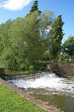 Weir on the river Ouse, Bourton Mill, Buckingham - geograph.org.uk - 431123