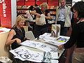 Wendy Binks piirtää C241 C.JPG