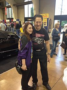Winfield-With-Female-Fan-2014-GNRS-JTTWebServices.jpg