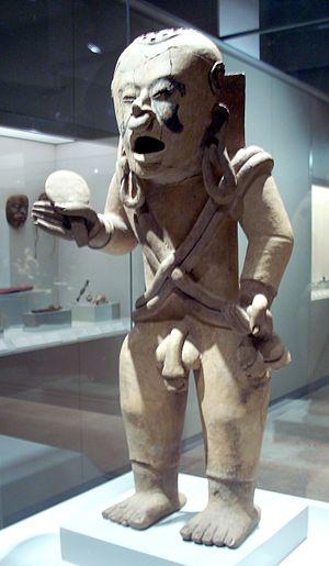 Xipe Totec - Image: Xipe Totec, Museo de América, front