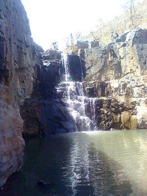 Shoolpaneshwar Wildlife Sanctuary - Zarwani Waterfall.