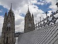 (La Basílica del Voto Nacional, Quito) pic. h 1.JPG