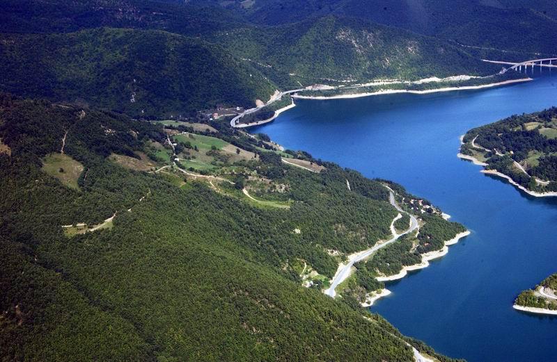 Језеро Газиводе, Зубин Поток