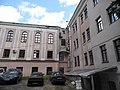 Волочаевская, 162 - двор здания - буквой Т - это левая часть.jpg