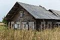 Заброшенный старинный дом в деревне Рыжково.jpg