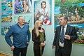 З відкриттям виставки Наталю Мкртчян вітає Народний артист СРСР, доктор мистецтвознавства Валерій Степанян-Григоренко.jpg
