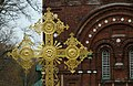 Позолота креста церкви Покрова Пресвятой Богородицы.jpg