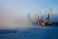 Речной порт Нефтеюганска.jpg