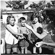 ילדי משמר השרון 101 צילם יהודה אייזנשטרק 1954 גנזך המדינה.jpg