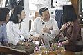 นางพิมพ์เพ็ญ เวชชาชีวะ ภริยา นายกรัฐมนตรี นำคู่สมรสผู้ - Flickr - Abhisit Vejjajiva (34).jpg