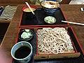 そば派と丼派 (16615982942).jpg