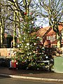 -2020-12-14 Village Christmas tree, Mundesley.JPG