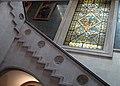 012 Ajuntament de Terrassa, escalinata i vitrall.JPG