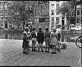 09-13-1950 08154 Poppenkast (4075101154).jpg