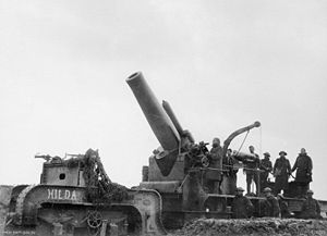 "BL 12-inch railway howitzer - Mk. I ""Hilda"" in action, Ypres, 7 November 1917"
