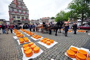 Dutch cuisine - The Gouda cheese market