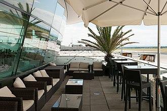 Graz Airport - Rooftop viewing area