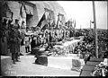 18-9-27, inauguration de l'ossuaire de Douaumont, cercueils des soldats anonymes.jpg