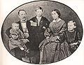 1860er Jahre circa, Fotografie der noch jungen Familie von Ferdinand Tellgmann, eichsfeld-archiv.de, 700px.jpg