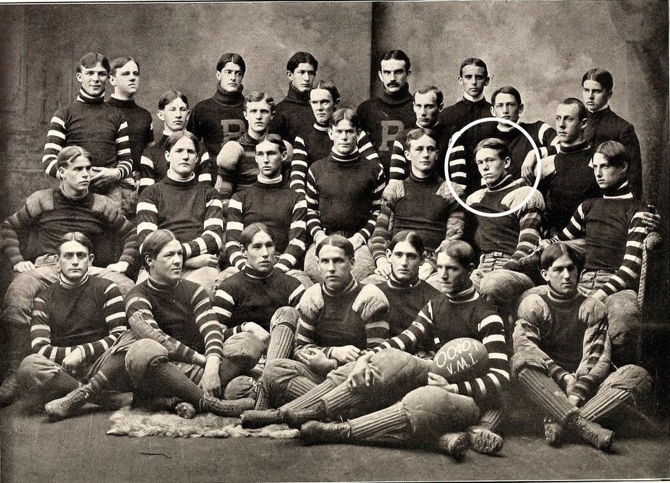 1900 VMI Keydets football team marshall encircled