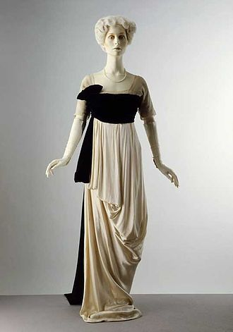 Lucy, Lady Duff-Gordon - Image: 1912 evening dress