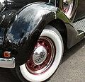 1935 Chrysler Deluxe left front fender (cropped).jpg