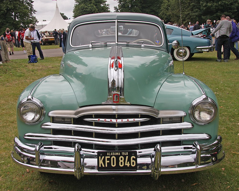 Pontiac Streamliner Eanswers 1941 Silver Streak 1948 Deluxe Coupe