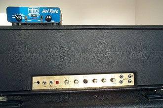 Power attenuator (guitar) - Power attenuator (THD Hot Plate) on Marshall 1959 Super Lead Plexi