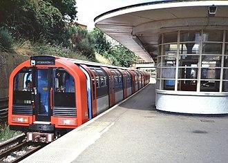 London Underground 1986 Stock - Image: 1986 Prototype Red South Ealing