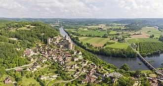Castelnaud-la-Chapelle - View of Castelnaud-la-Chapelle and its castle