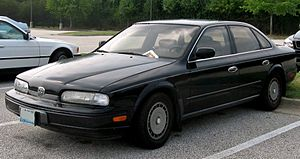 Infiniti Q45 - 1990-1993 Infiniti Q45 (with Cloisonné front insignia)