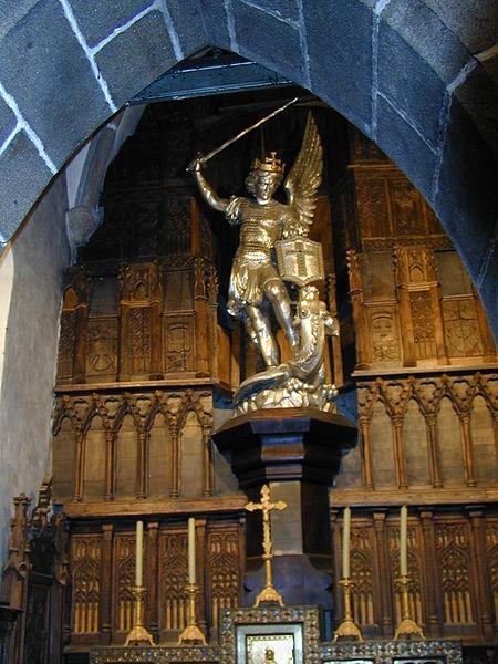 Dosiero:200506 - Mont Saint-Michel 40 - Statue Saint-Michel.JPG