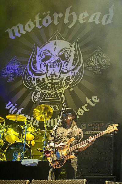 File:2015 RiP Motoerhead - Lemmy Kilmister by 2eight - DSC6188.jpg