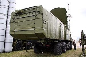 30N6E2 radar MAKS 2009 -02.jpg