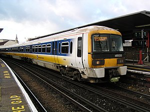 South Eastern franchise - Connex South Eastern 465020 at Waterloo East in January 2003