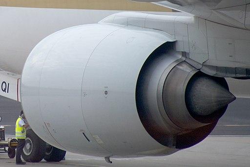 9V-SQI - c-n 28530 - 777-212ER - Singapore Airlines - Singapore - Changi (8392103750) (cropped)