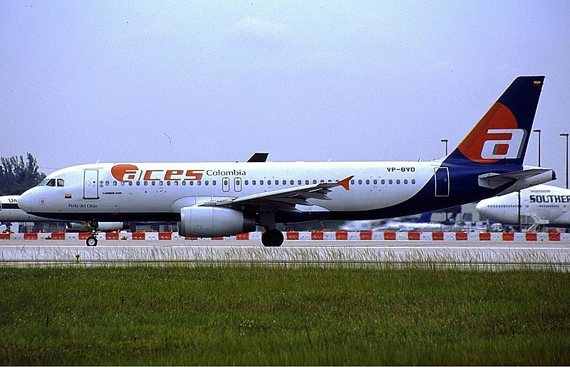 File:ACES Colombia Airbus A320 KvW.jpg