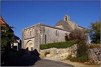 AJAT (Dordogne) - Eglise Saint-Barthélemy de Beauzens.JPG