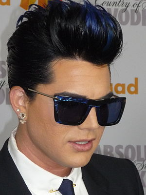 English: Adam Lambert at 2010 GLAAD Media Awards.